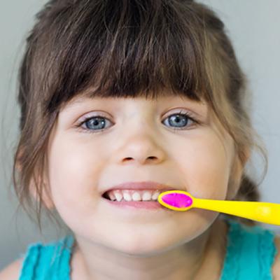 Kinderbehandlung bis zum 6. Lebensjahr | Zahnarzt Lempa Wolfenbüttel