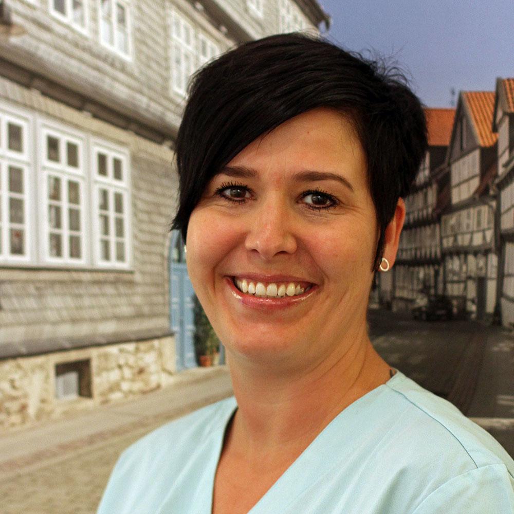 Denise Domanski | Zahnarzt Wolfenbüttel